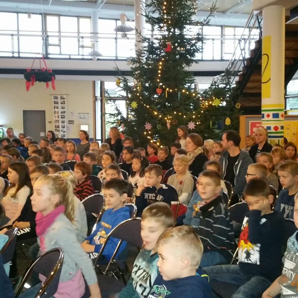 Beitrag Zur Weihnachtsfeier.Weihnachtsfeier Der Grundschule Grundschule Dissen